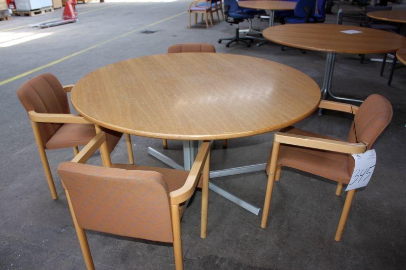 Rundt bord med 4 stole - KJ Auktion - Machine auctions