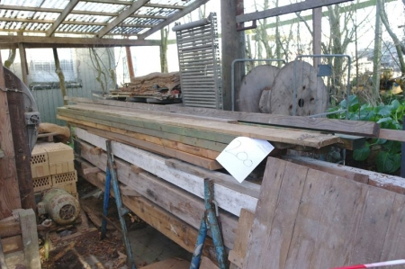 Træ , mursten, samt ældre maskiner - KJ Auktion - Maskinauktioner