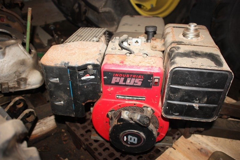Generator Plus Briggs Stratton 8 Hp
