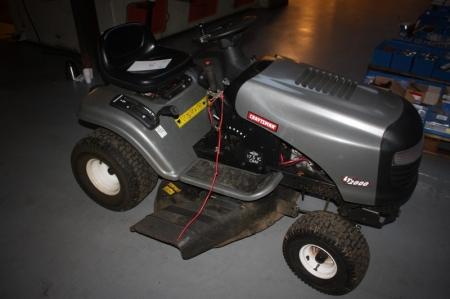 Lawn tractor craftsman lt2000 17 5 hp ic ohv kj for Craftsman 17 5 hp motor