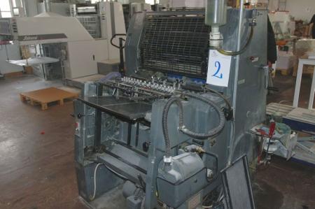 Trykmaskine, Heidelberg GTO 36 x 52 cm. Årgang 1985, serie nr. 684006. N + P unit , Kompa damp. Kørt ca. 43 mill tryk + skrivepult + reol med tilbehør. (Papir og kundetryk medfølger ikke)