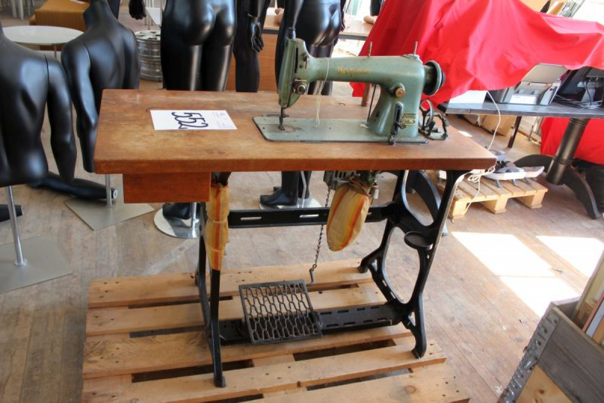 industrial sewing machine auction
