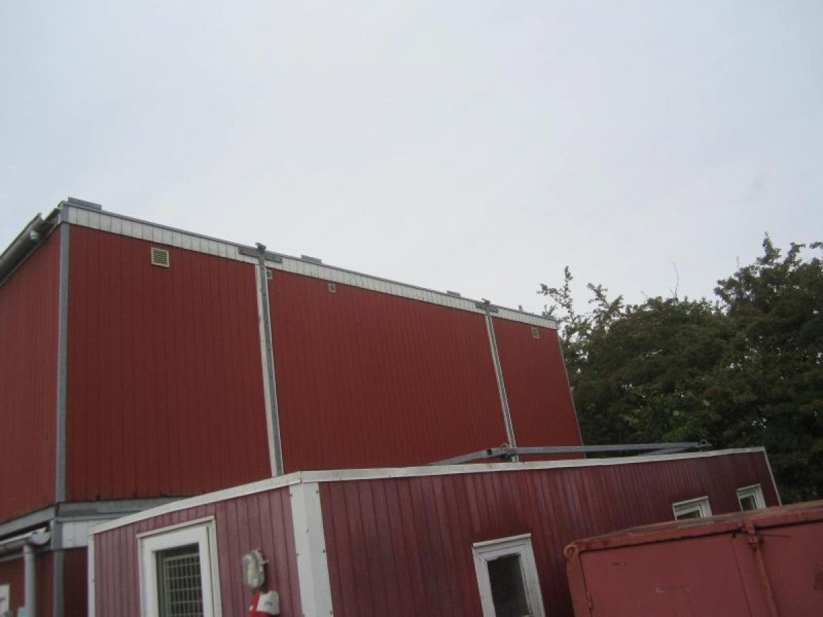 15 personers bad- og toiletpavillon, Vinderup, 8,2x3x2,7 meter ...