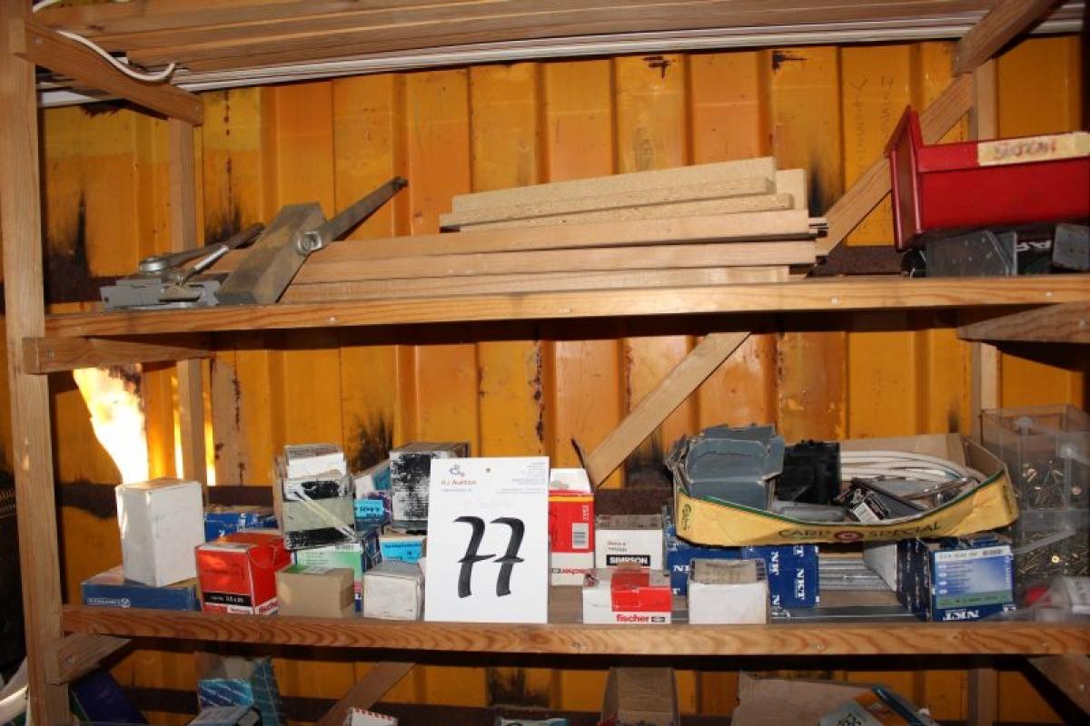20fu container mit einem loch im dach in der hinteren. Black Bedroom Furniture Sets. Home Design Ideas