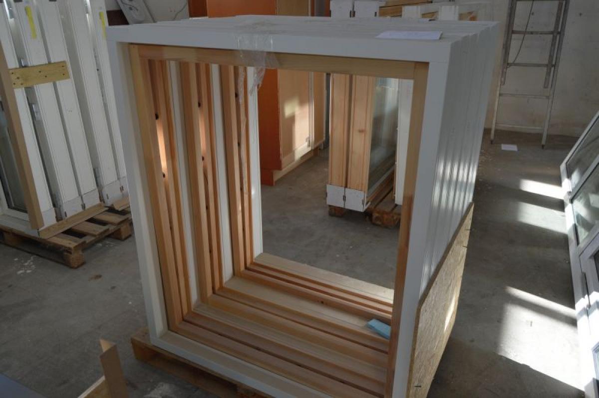 7 x Fensterbänke, Holz, weiß. Rahmenabmessungen, B x H, ca. 108 x ...