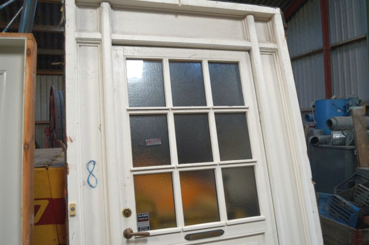 Haustür milchglas  Haustür mit Seitenlicht, Holz, weiß. Bar die Fenster mit Milchglas ...