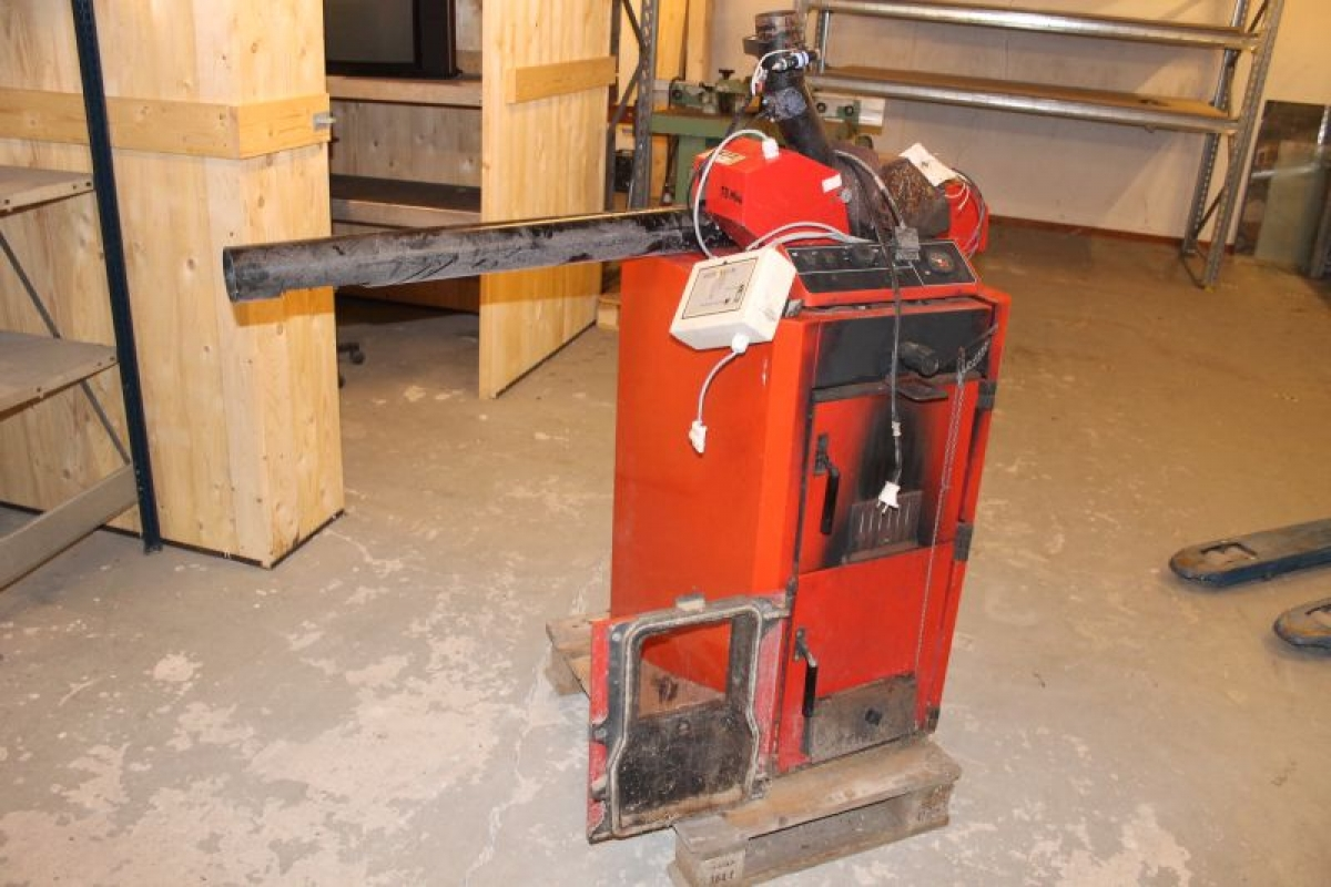 Stokerfyr kedel og stoker roca calefaccion model p 30 6 for Roca calefaccion