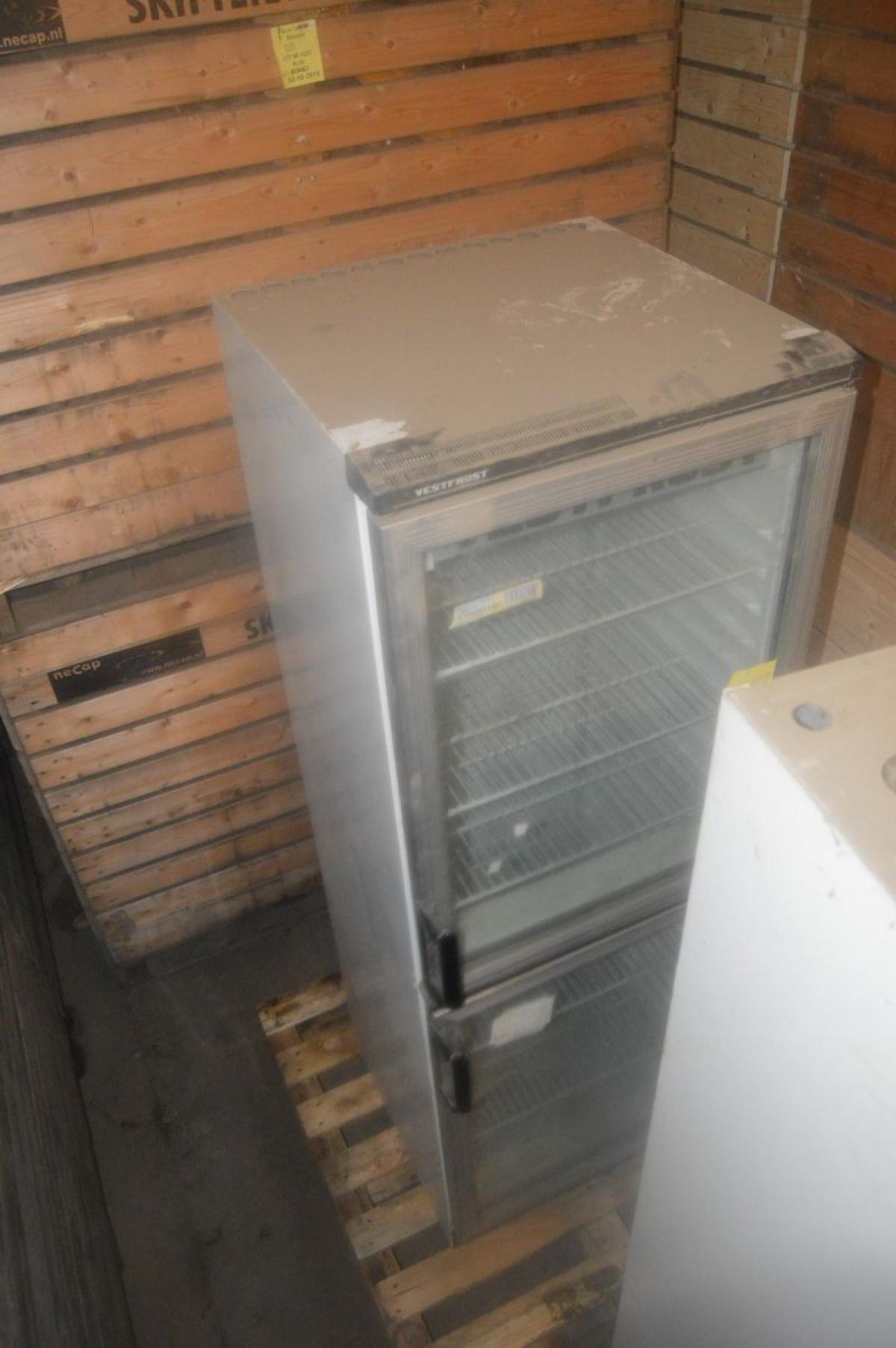 gratis køleskab til afhentning