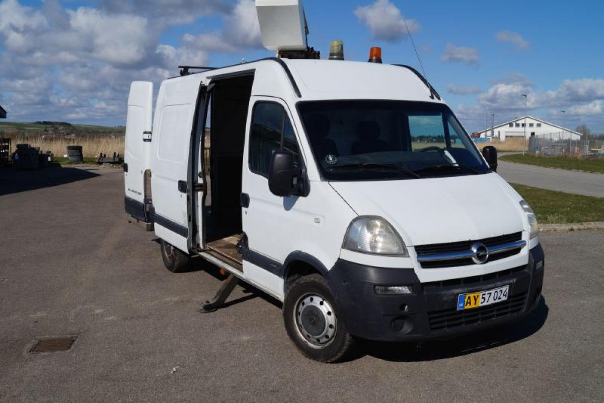 Opel Movano year. 2005 first reg. 2007. s.syn July 2015. km. about ...
