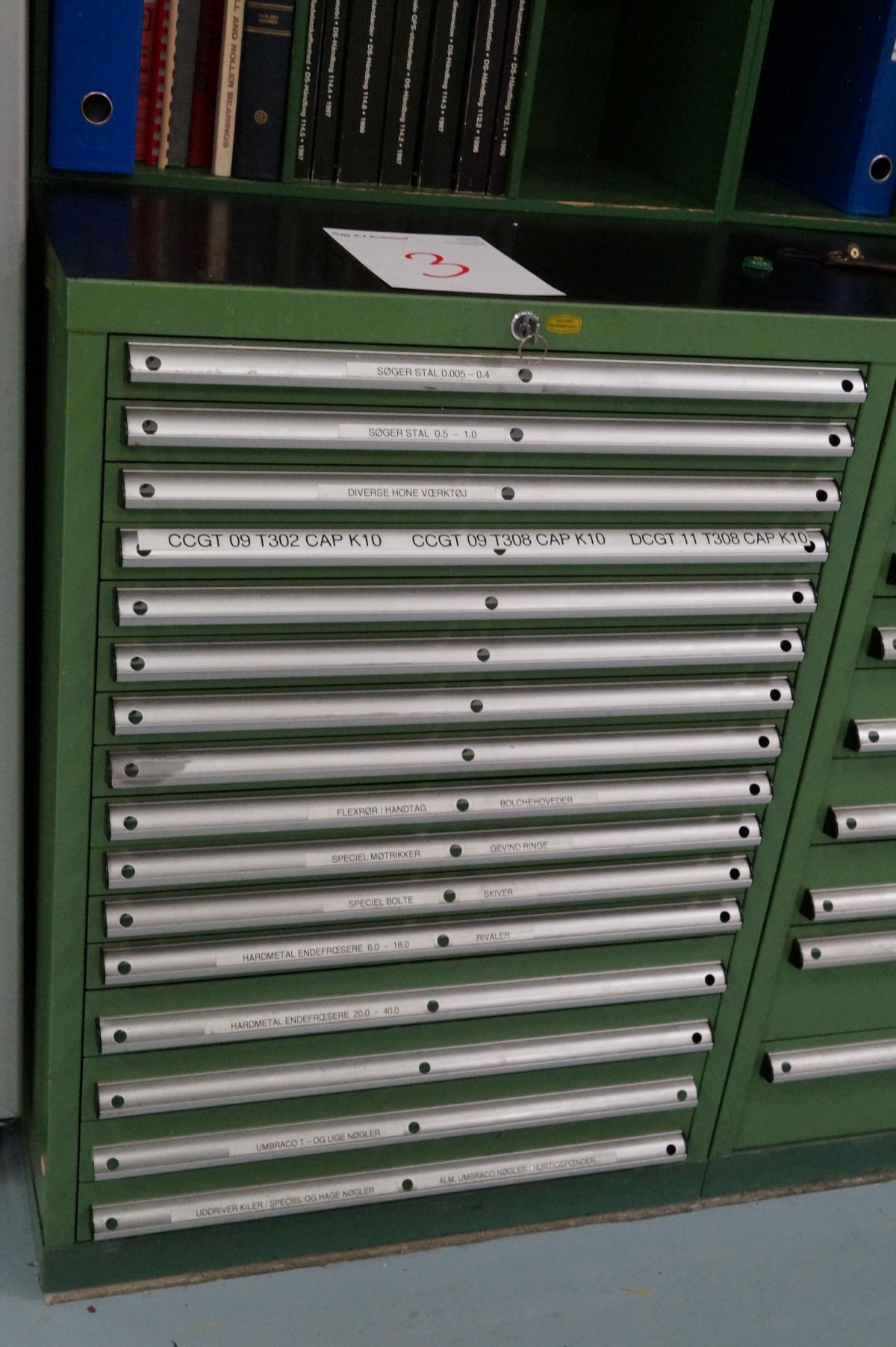Werkzeug Lista Schrank mit 16 Schubladen. Breite 72 cm Höhe 102 ...