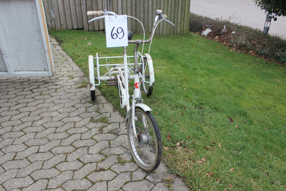 3 hjulet cykel, Bomi - KJ Auktion - Maskinauktioner