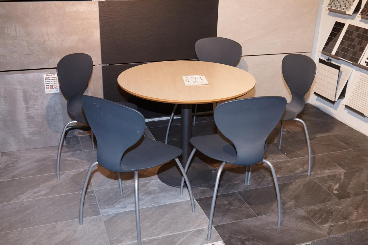 1 Piece Round Table With 5 Chairs Iks Design Patent Kj Auktion