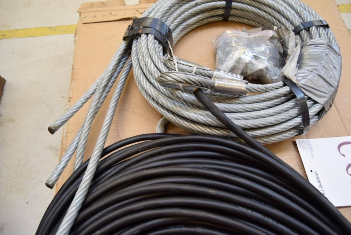 100 m Neoprene oil resistant cable 4 x 4mm2 + wire, unused - KJ ...