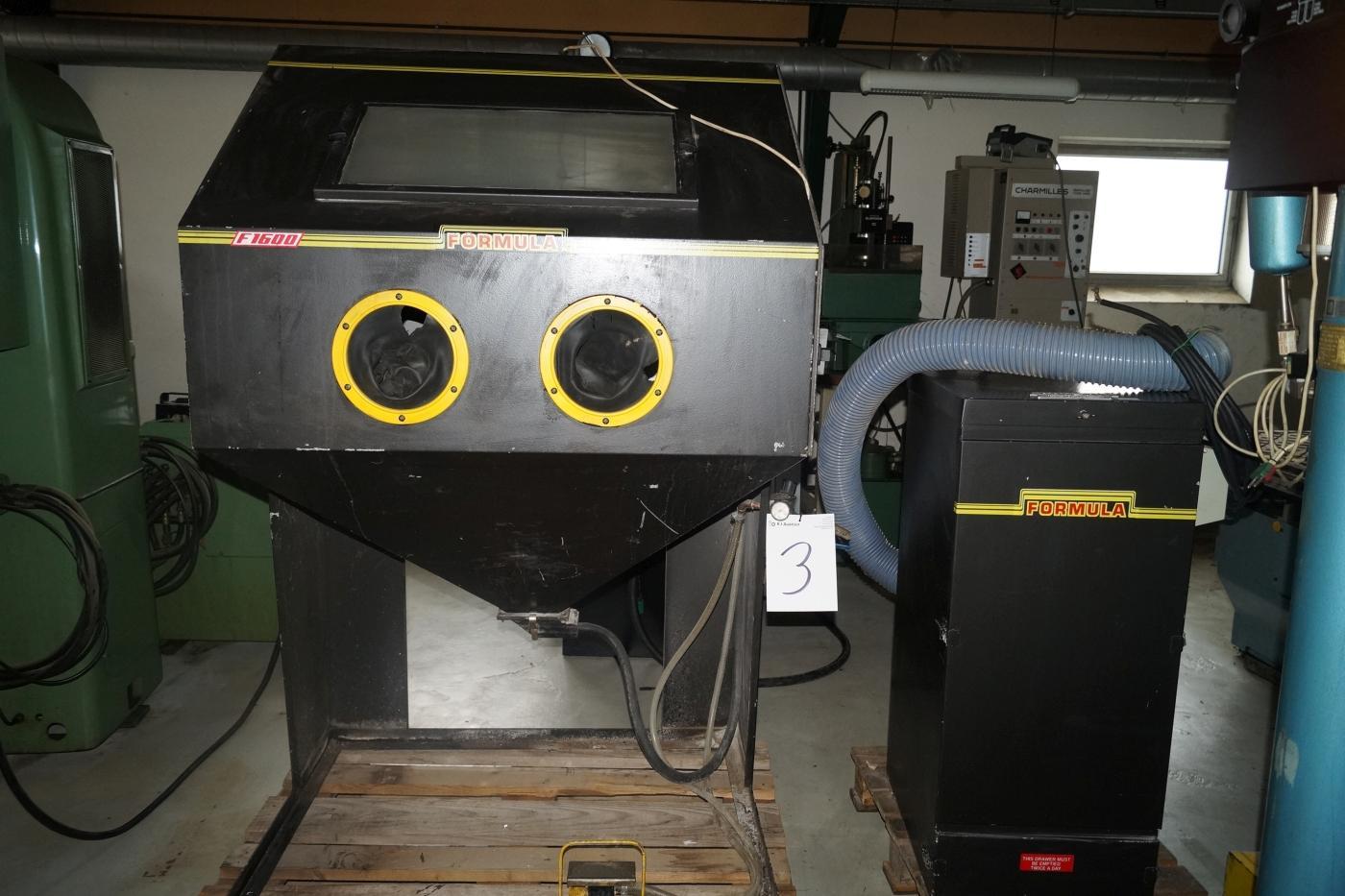 Formula F1600 blast system sandblasting cabinet. With Guyson F41 / 3 D / C Gloves & Formula F1600 blast system sandblasting cabinet. With Guyson F41 / 3 ...