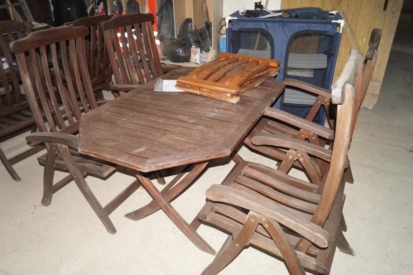 terrasse tisch und st hle kj auktion maschinen auktionen. Black Bedroom Furniture Sets. Home Design Ideas