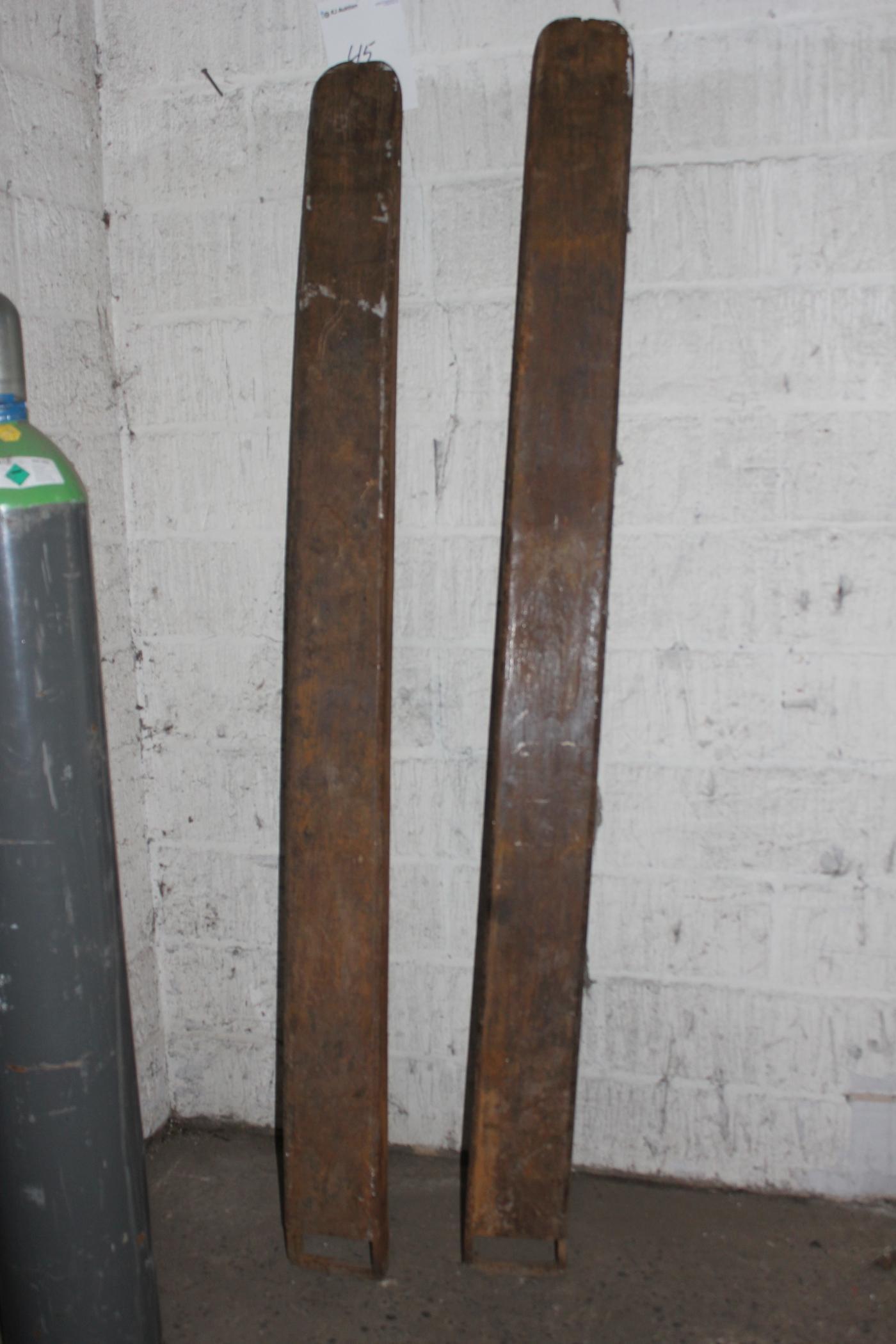 2 stk forl ngergafler bredde p gafler indvendig m l 13 5 cm l ngde cirka 2 meter kj auktion. Black Bedroom Furniture Sets. Home Design Ideas