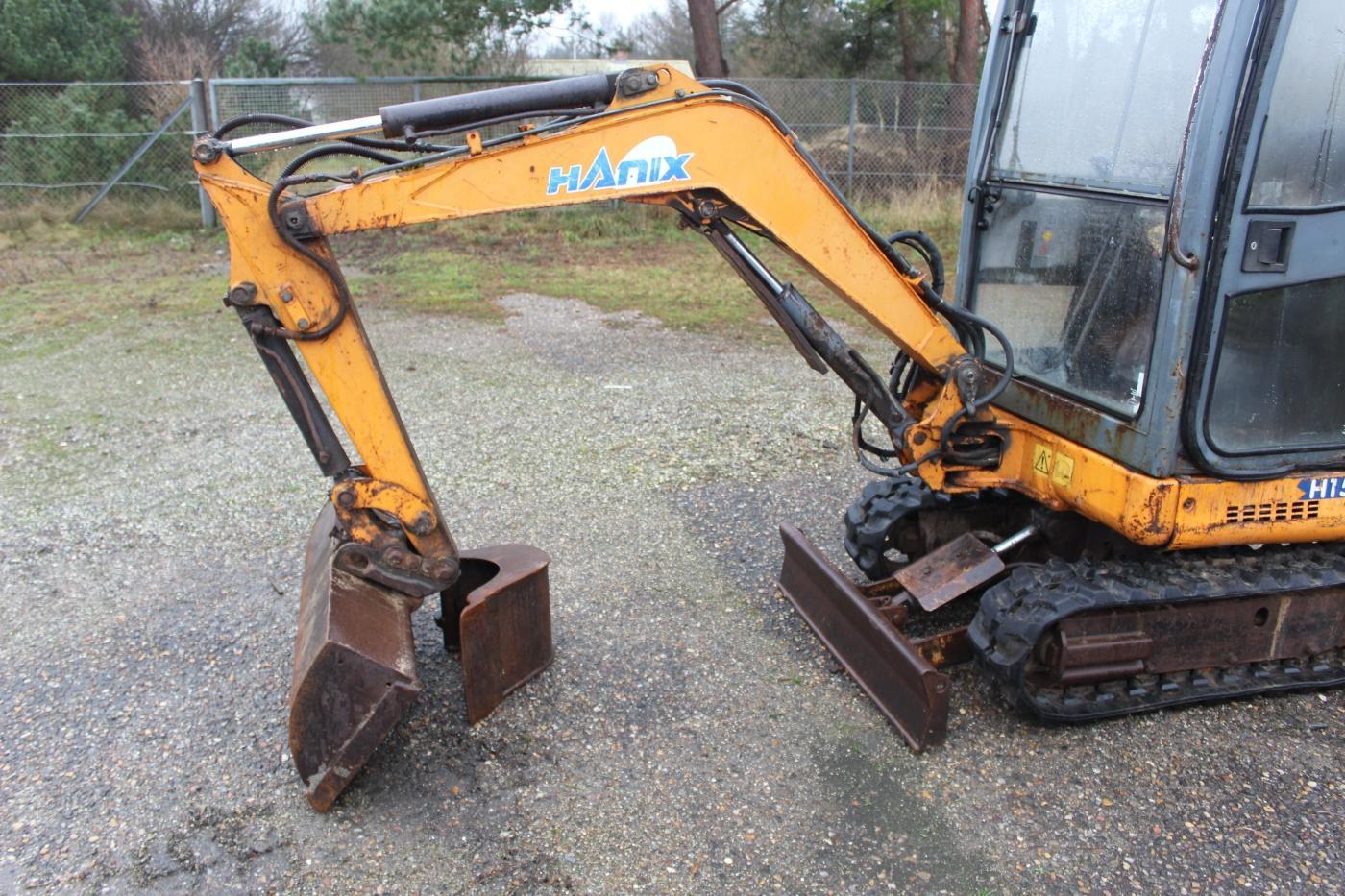 1,5 tons Minigraver mærke Hanix med 2 skovle. 3884 timer. - KJ Auktion - Maskinauktioner