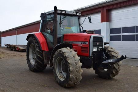 MF 6180 Traktor Dynashift timer ifølge ur 4564 timer.