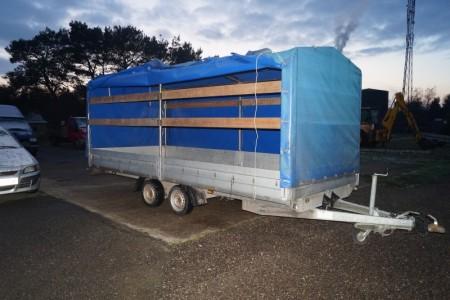 Bockmann trailer med pressening. M68715. Total: 3500. L: 2650 kg.