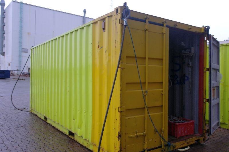 20 fods container med strøm + indhold presenninger + tovværk - KJ Auktion - Maskinauktioner