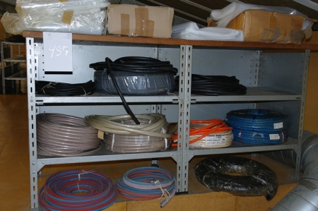 Rack with various hoses: oxygen / gas + water + lot plastic cover